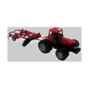 International Harvester Mxu305 Tractor and Ripper 132 Scale Farm Toy