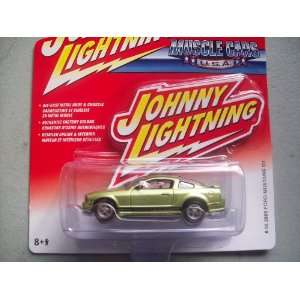 Johnny Lightning Muscle Cars USA 2005 Ford Mustang GT