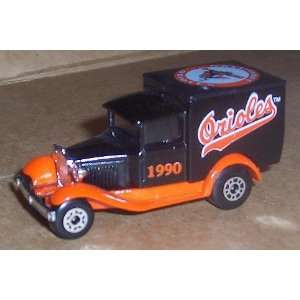 Baltimore Orioles 1990 MLB Diecast Ford Model A Truck 1/64