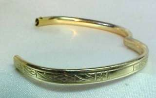 ANTIQUE childs SOLID YELLOW GOLD HINGED BANGLE BRACELET