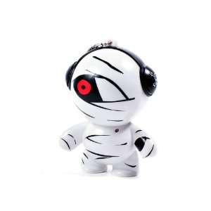 Cool Style Sound Mini Speaker, White and Black with 1 Red Patched Eye