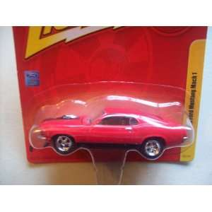 Johnny Lightning Forever R10 1970 Ford Mustang Mach 1 Toys & Games
