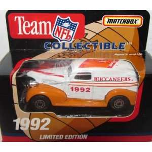 Tampa Bay Buccaneers 1992 NFL Diecast Sedan 163 Scale